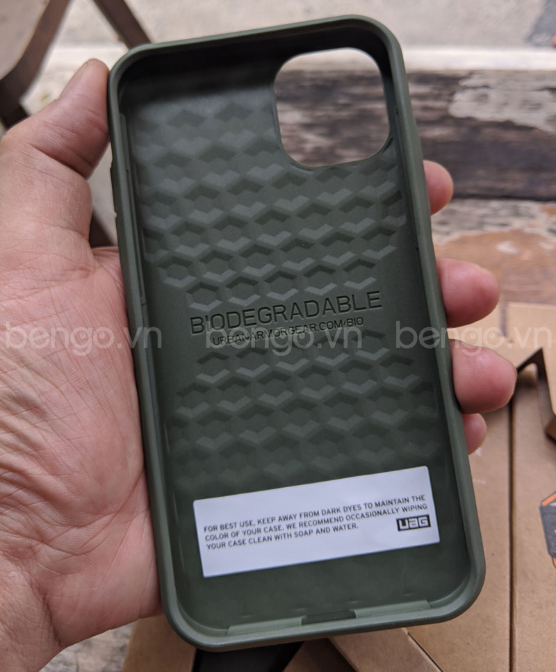 Ốp lưng UAG Biodegradable Outback iPhone 11 Pro